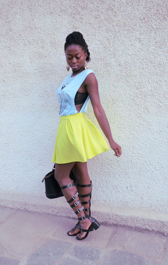 how_to_wear-skater_skirt-comment_porter-jupe_patineuse-couleurs_neon_colors-stephanie_guillaume-turning_point_blog-lifestyle-fashion-travel