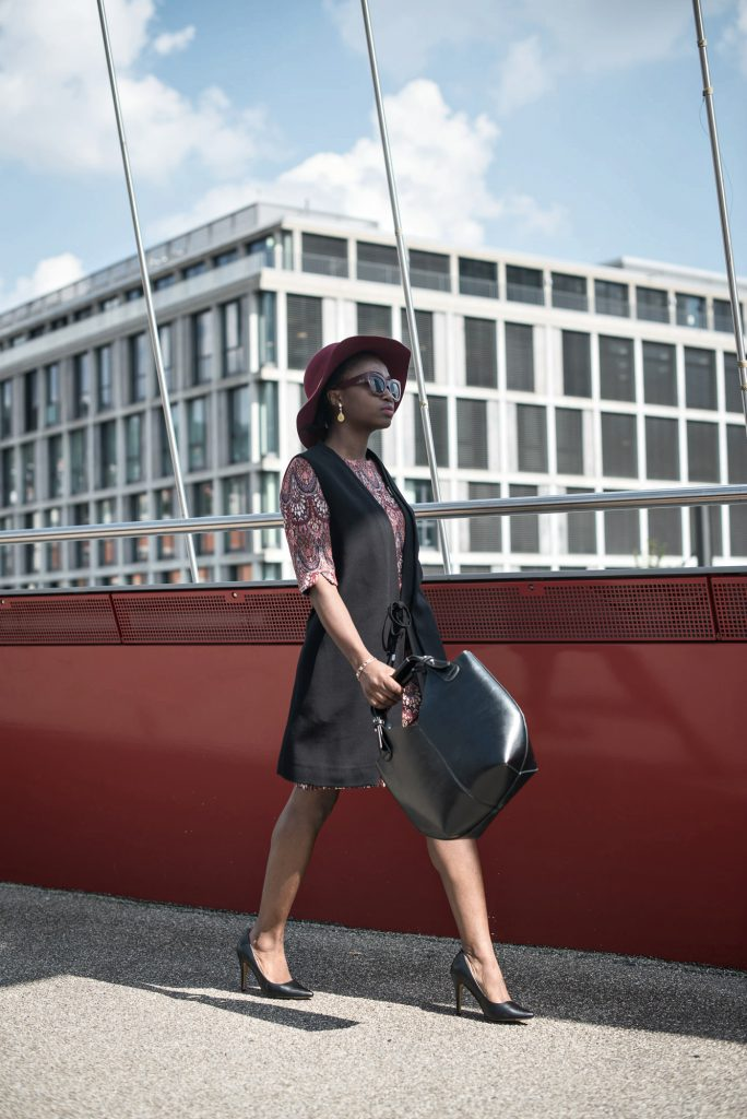 turning-point-black-bag-burgundy-sunglasses-black-heels-daniel-wellington-watch-red-jacquard-dress-long-black-sleeveless-blazer-ESPRIT-Imperfect-campaign-2016-bloggers-outfits-style-tips