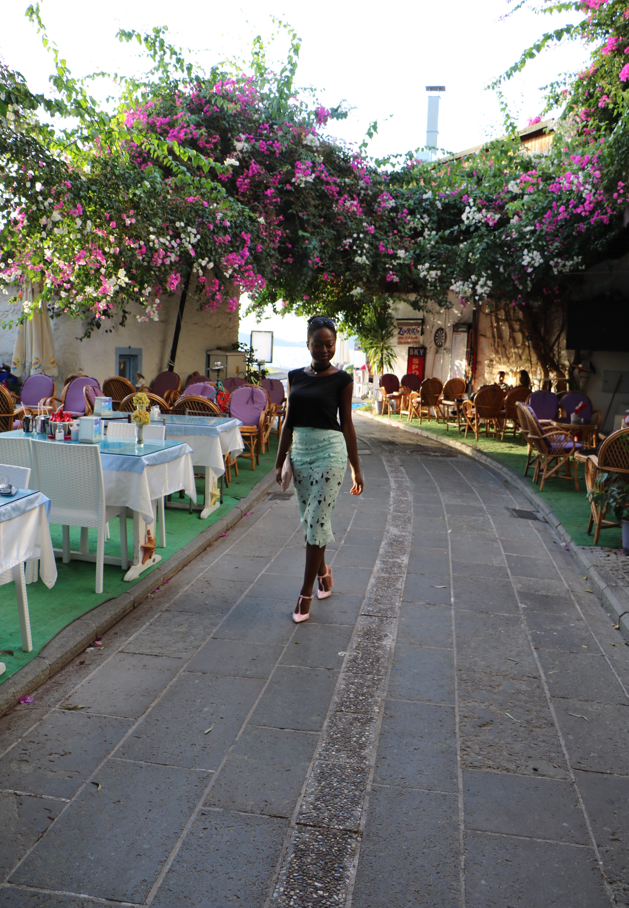 sgturningpoint_blog-trip_to_bodrum-stephanie_guillaume_turkey_bourganvilla-bougainvillea_turquie