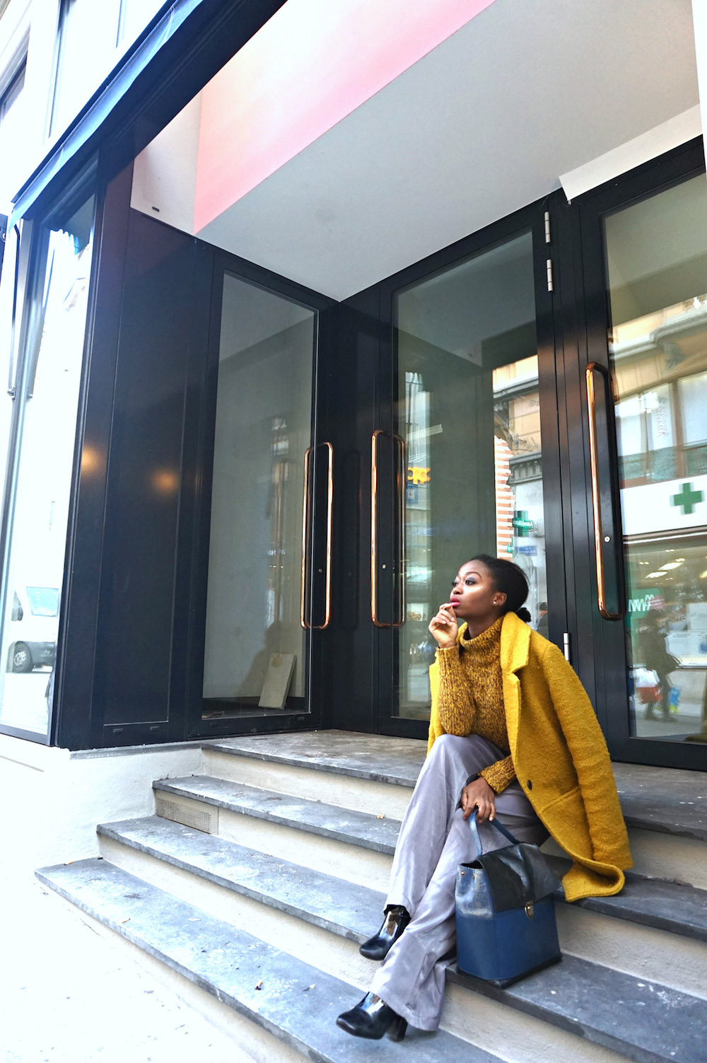 style-is-more-about-being-yourself-aboutyouch-lausanne-flon-stfrancois-riponne-unil-belair-geneve-idee-look-mode-stephanie-blog-sgturningpointcom