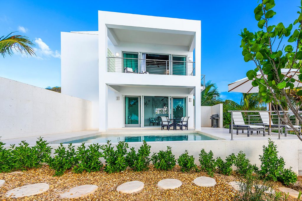luxury-houses-villas-luxe-caraibe-turning_point_blog-sgturningpointcom-turksandcaicos_villacapril_02