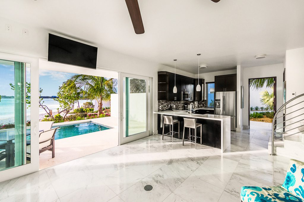 luxury-houses-villas-luxe-caraibe-turning_point_blog-sgturningpointcom-turksandcaicos_villacapril_04